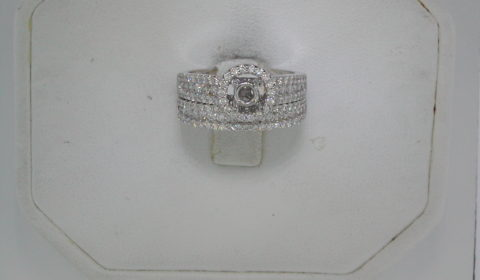Semi-mount bridal set, set in 14kt white gold with 130 diamonds =1.28ct style 910-0006  $3750.00