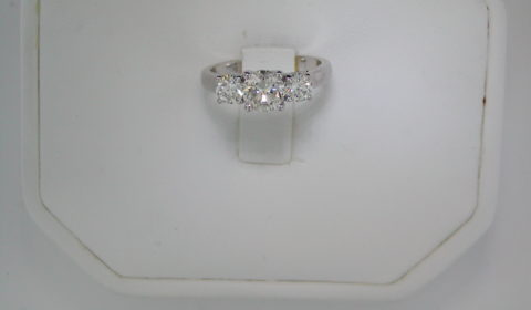 .47ct H-SI2 ladies 3 stone ring set in 14kt white gold with 2 side diamonds G-SI1 =.53ct style 82949-1 $3750.00
